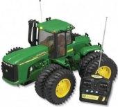 Dětský RC traktor