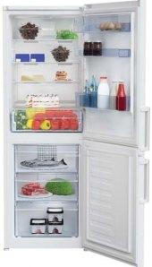 Kombinovaná chladnička Beko RCNA365K31W