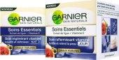 Krém pleťový proti vráskám Soins Essentials Garnier