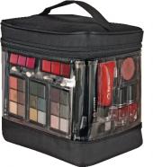 Kufřík s dekorativní kosmetikou