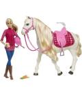 Panenka a kůň Barbie  Mattel