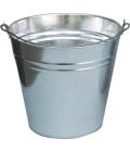 Plechový kbelík
