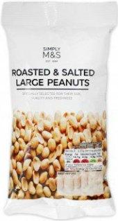 Pražené arašídy Marks & Spencer