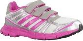 Sportovní dámská obuv
