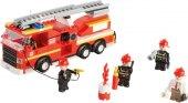 Stavenice hasičské auto Playtive Junior