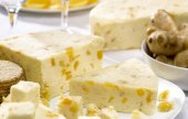 Sýr Stilton s mangem a zázvorem