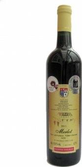 Víno Merlot Vinařství Dufek - výběr z hroznů