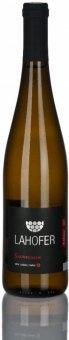 Víno Sauvignon Vinařství Lahofer  - výběr z bobulí