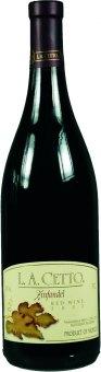 Víno Zinfandel L. A. Cetto