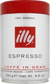 Zrnkové kávy Illy